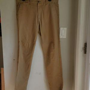 Gap Skinny fit khakis 32 x 32 Chinos pants